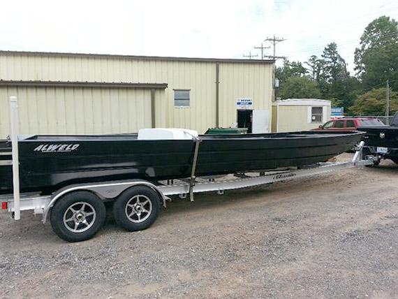 Marine-Service-LLC---Featured-28ft-boat